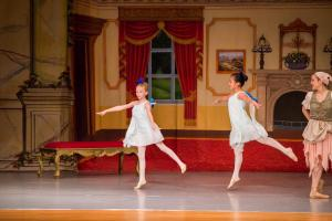 Cinderella 2017 Act I WBCDA-40